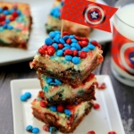 Chocolate & Peanut Butter M&M Cheesecake Bars