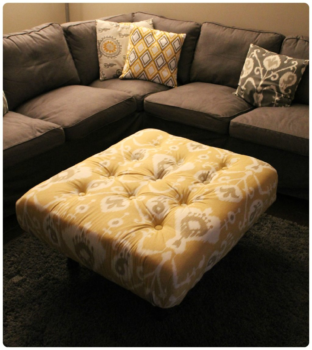diy tufted ikat ottoman from upcycled pallet with tutorial. Black Bedroom Furniture Sets. Home Design Ideas