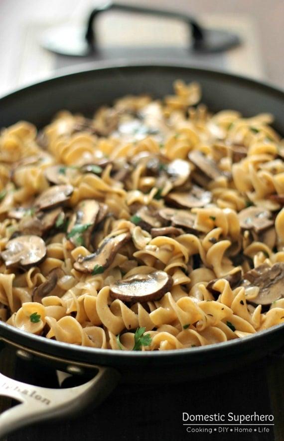 Skinny Mushroom Stroganoff