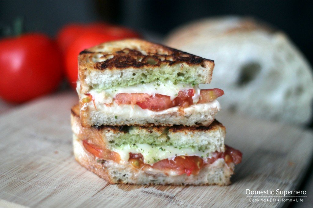 Caprese Grilled Cheese is stuffed with fresh tomatoes, mozzarella cheese & fresh pesto! Grilled to perfection & served pipping hot; the BEST fresh lunch!