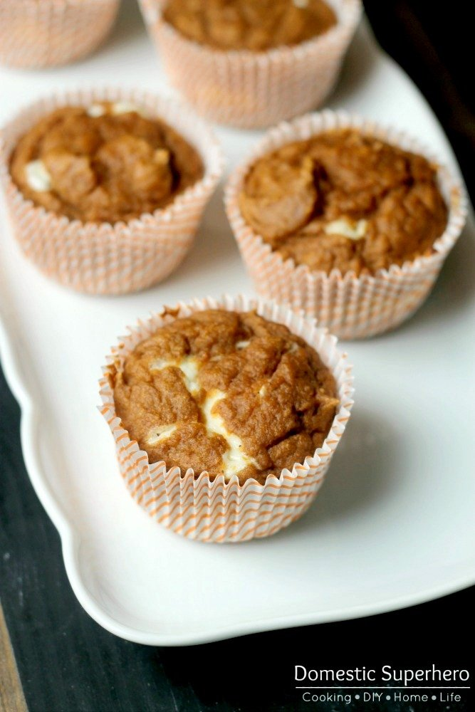 Skinny Pumpkin Cream Cheese Muffins