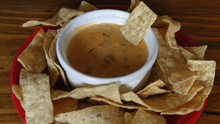 Slow-Cooker-Queso-Recipes