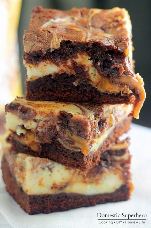 Milky-Way-Simply-Caramel-Cheesecake-Brownies-8.jpg