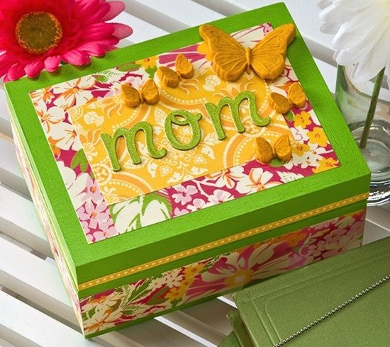 Mothers-Day-craft-butterfly-jewelry-box