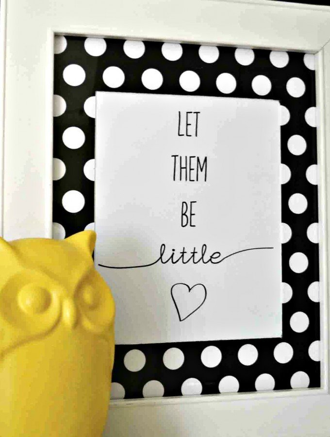 Guest Post: Free 'Let Them Be Little' Printable and DIY Photo Mat