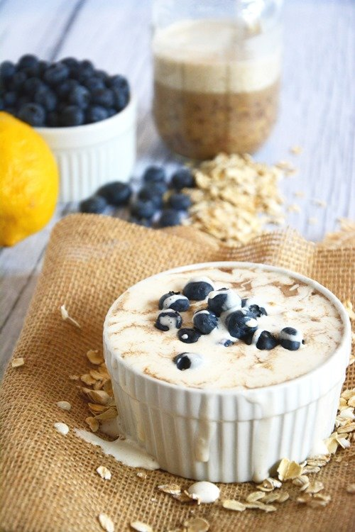 18 - The Housewife in Training - overnight Blueberry Lemon Cheesecake Oats