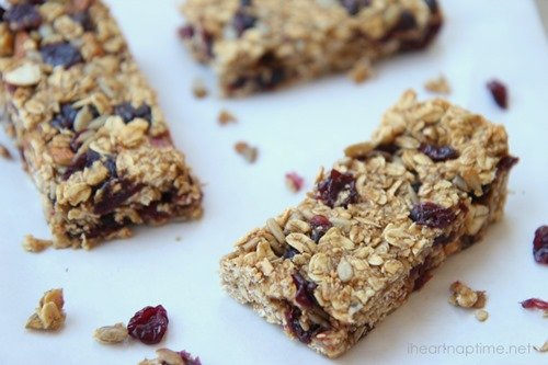 24 - I Heart Naptime - Homemade Granola Bars