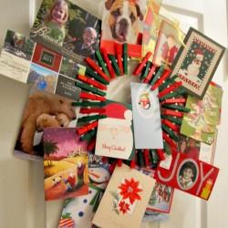 Easy-Clothespin-Holiday-Card-Wreath-2_thumb.jpg