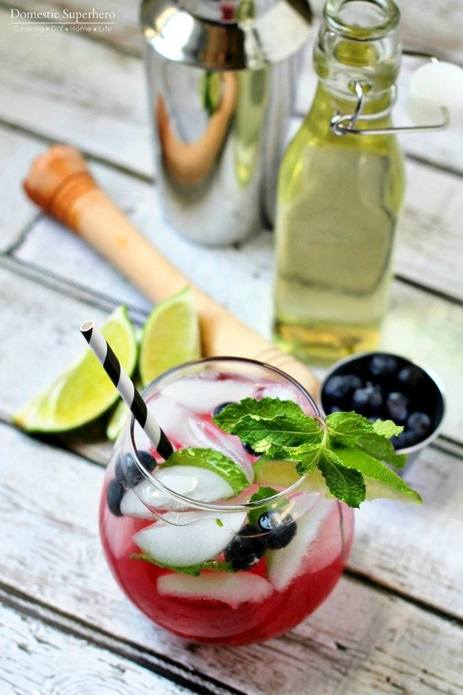 Blueberry Mojito - the easiest and most delicious spring and summer cocktail!