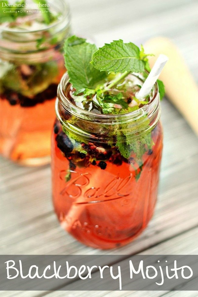 Blackberry Mojito - super easy and refreshing cocktail!