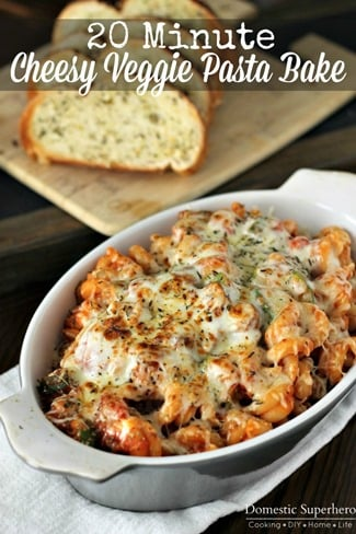 30 Minute Back-to-School Meals Veggie Pasta Bake in an oval casserole