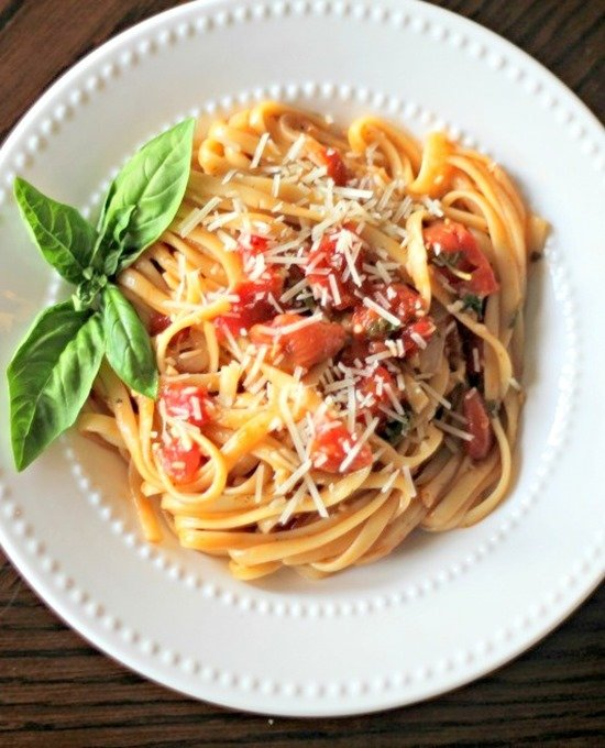One Pot Wonder Tomato Basil Pasta 4