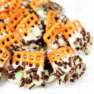 Mint Chocolate Dipped Pretzels