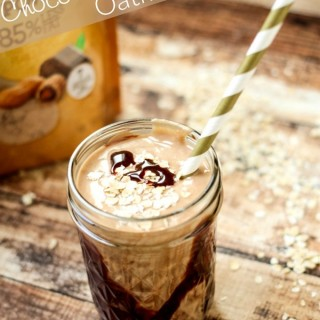 Chocolate-Peanut-Butter-Oatmeal-Smoothie_thumb.jpg