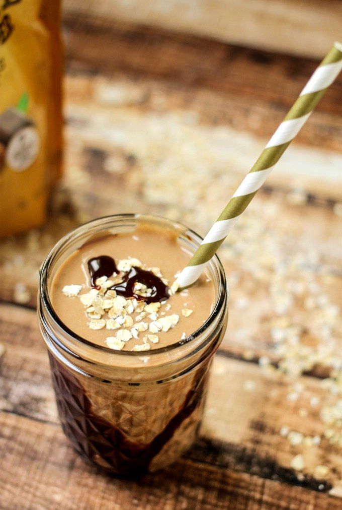 Chocolate Peanut Butter Oatmeal Smoothie is a delicious, easy, and majorly nutritious 'treat' that takes only a few minutes to whip up!