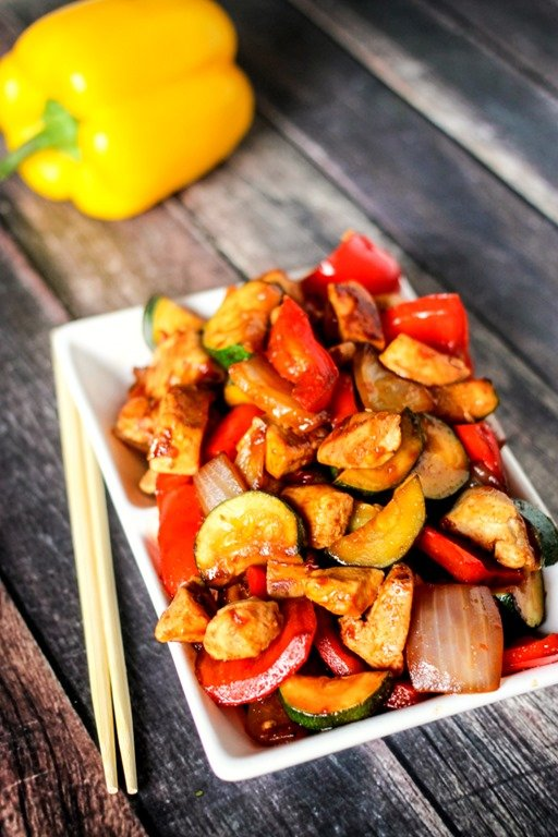 Sweet and Spicy Chicken Stir Fry - Fresh vegetables mixed with chicken ...