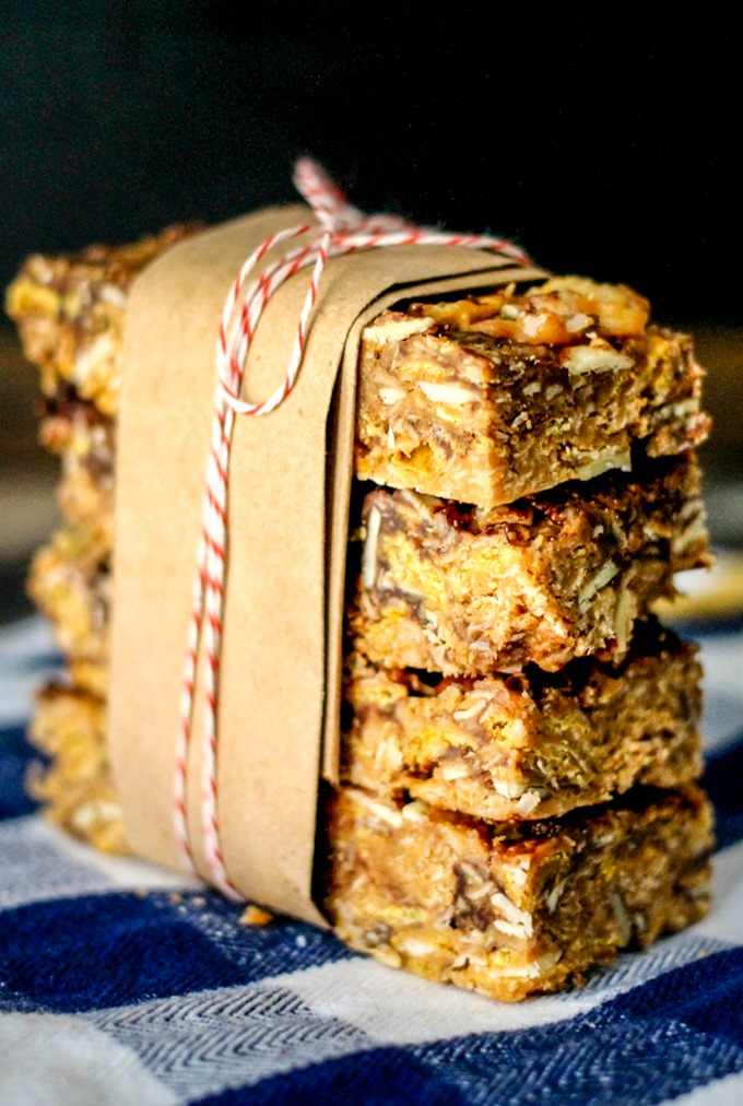 These simple no bake Chocolate Peanut Butter Cereal Bars have only a handful of ingredients and can be whipped up in less than 10 minutes! You and your kids are going to love these!