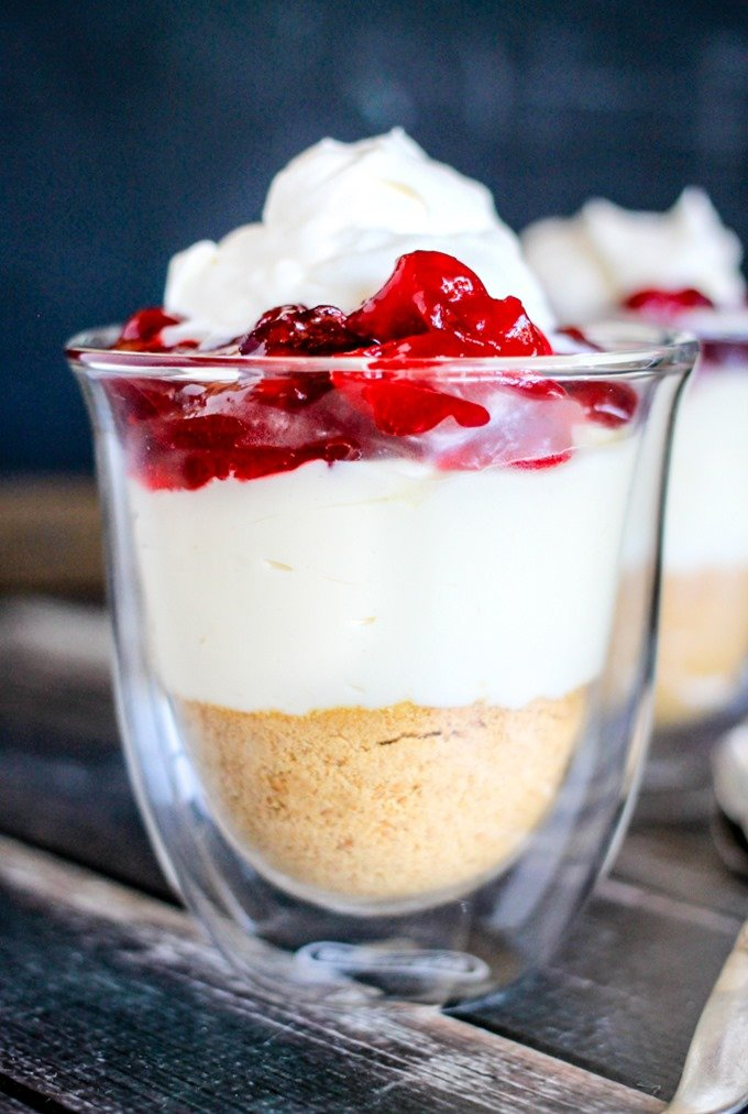 These No-Bake Cranberry Cheesecake Parfaits are the perfect creamy dessert!