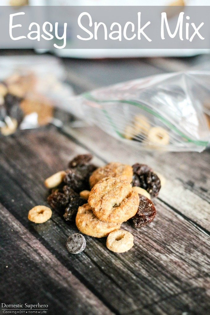 easy snack mix - Somersaults, chocolate chips, raisins, and O cereal all put together for a delicious healthy snack!