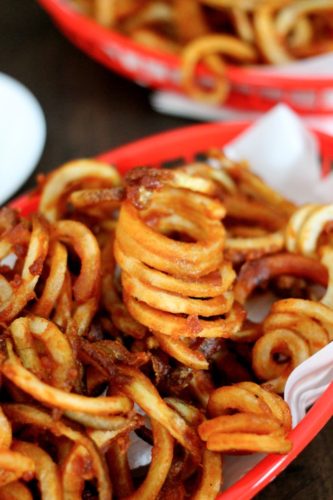 Arby's Curly Fries are the perfect blend of crispy fried potatoes and mouthwatering seasoning. This is the best Arby's Curly Fries recipe you will find!