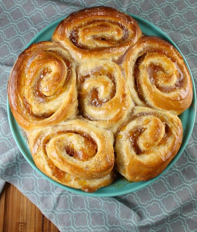 Peach Pie Cinnamon Rolls in a baking pan.