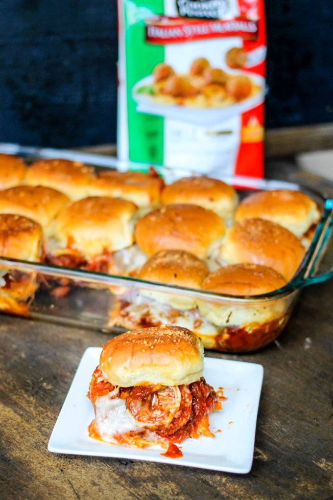 Italian Meatball Sliders are the perfect weeknight dinner. Quick, easy ...