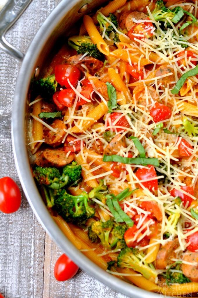 Overhead view of one pot bruschetta pasta