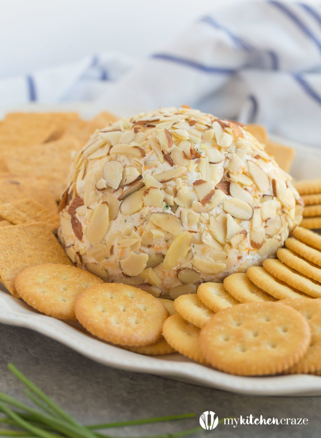 Easy Cheese Ball - 15+ Game Day Snacks @ yummyhealthyeasy.com