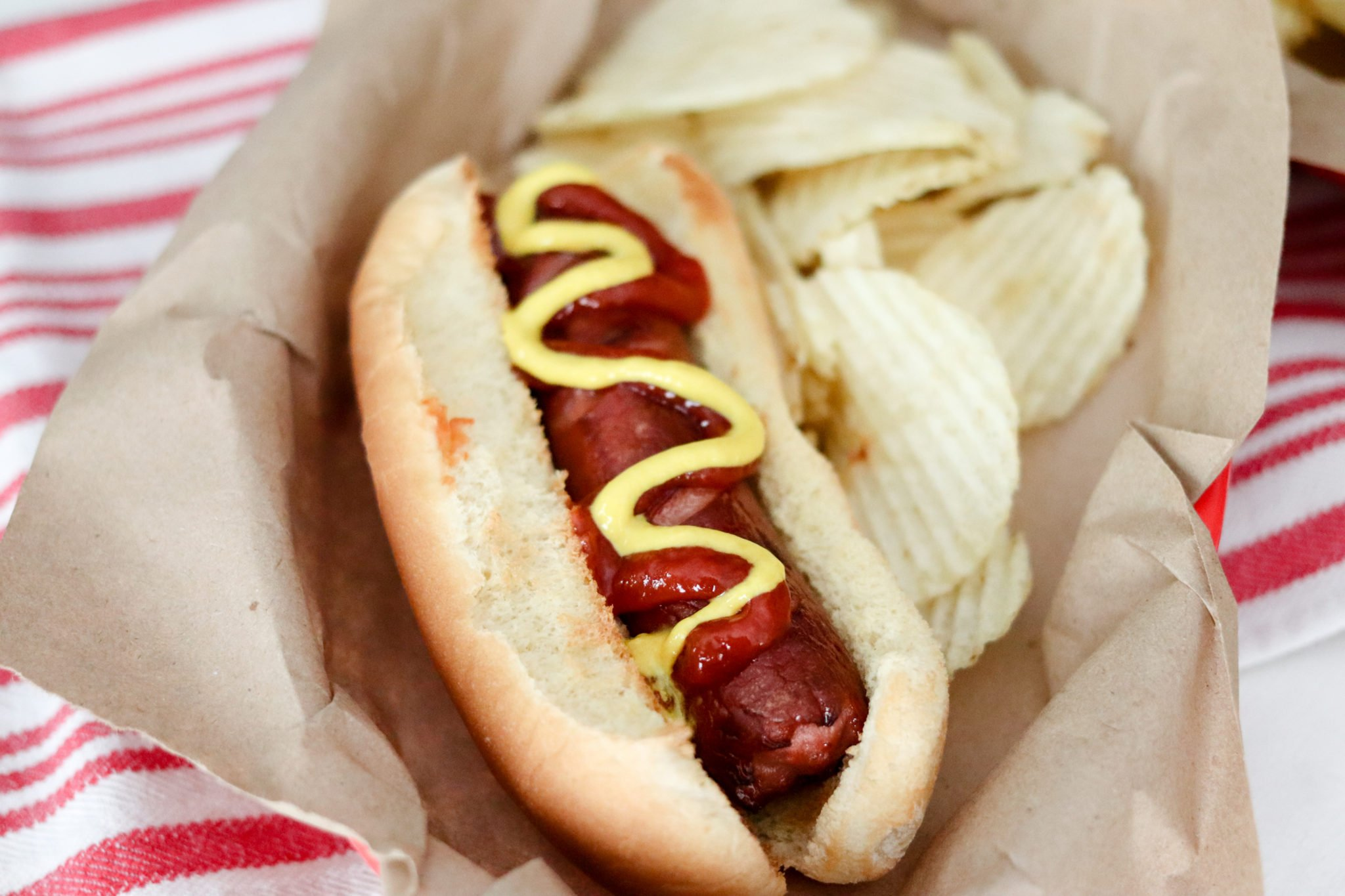 Cooking hot dogs has never been easier than in the Air Fryer! Air Fryer Hot Dogs are perfectly 'grilled' in no time and with hardly any effort