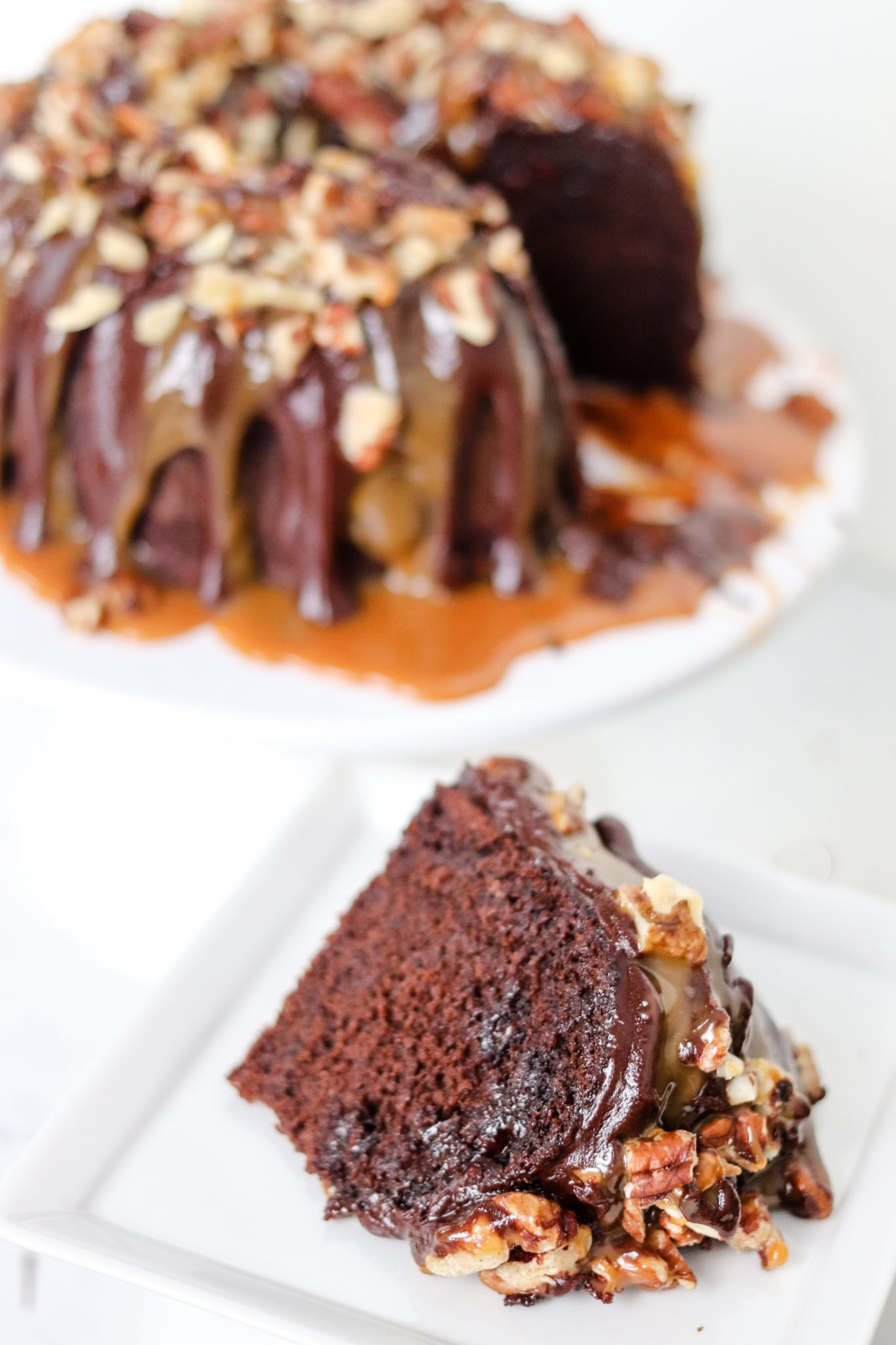 slice of the instant pot chocolate turtle cake
