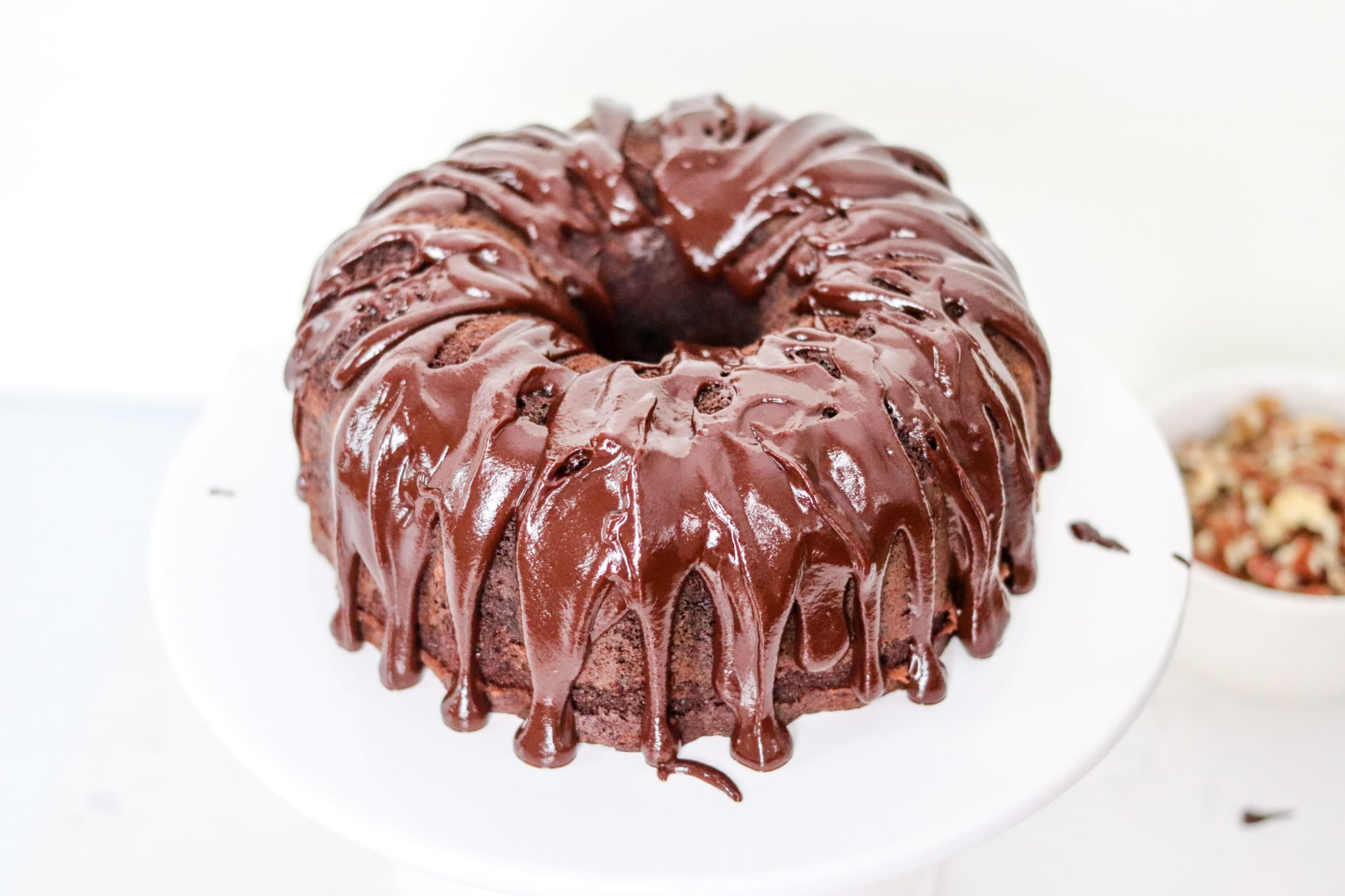 instant pot chocolate cake with chocolate sauce